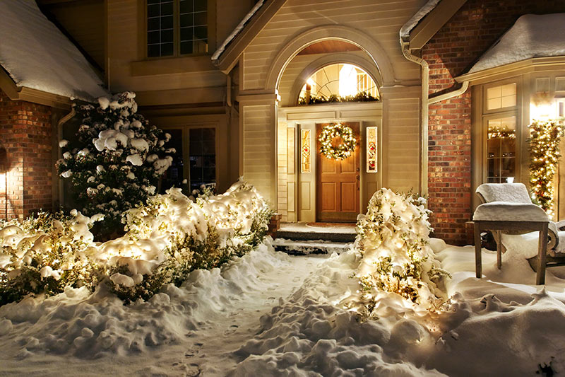 5 Dos and Don'ts of Listing Photography During the Holidays