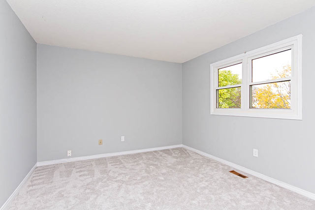 Virtual_Staging_Bedroom_Before
